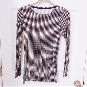 Houndstooth The Perfect Tee
